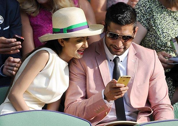 Amir Khan takes Faryal Makhdoom out to Wimbledon