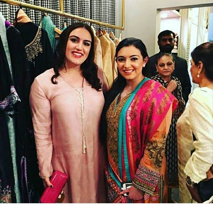 Bakhtawar Bhutto zardari and Asifa Bhutto zardari spotted at the launch of a banquet's collection