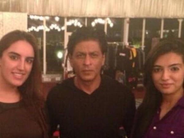 Bakhtawar and Asifa Bhutto with Shahrukh Khan