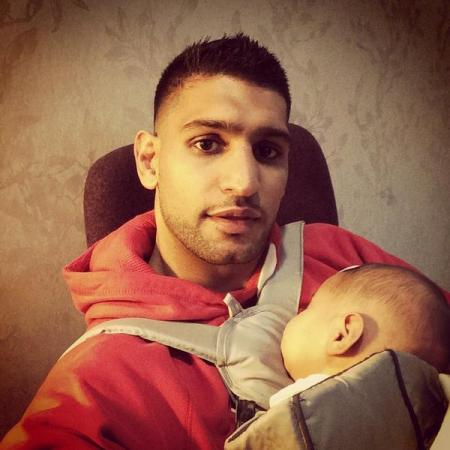 Boxer Amir Khan With His Son Picture