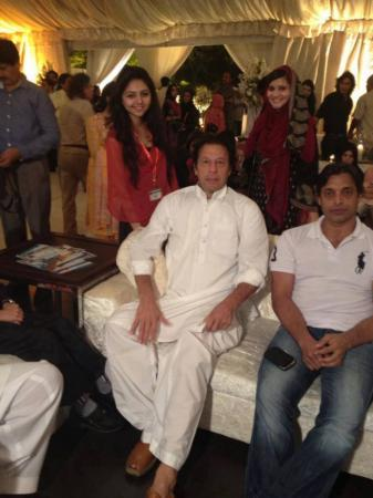 Imran Khan & Shoaib Akhter spotted in a Private Party