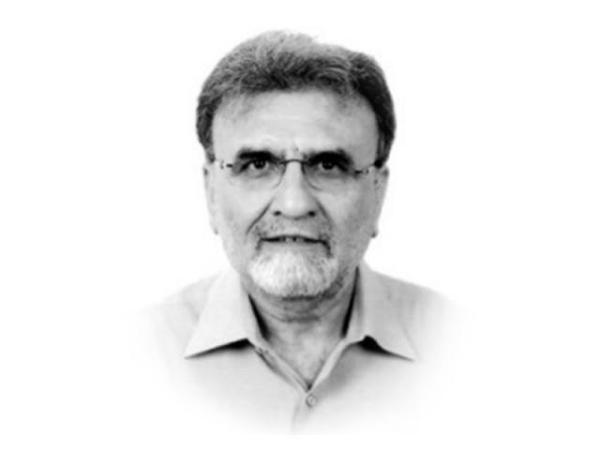 Nusrat javed - Famous Pakistani Journalist and Anchor