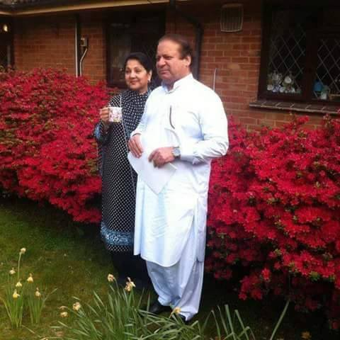 PM Nawaz Sharif with his wife Kulsoom Nawaz