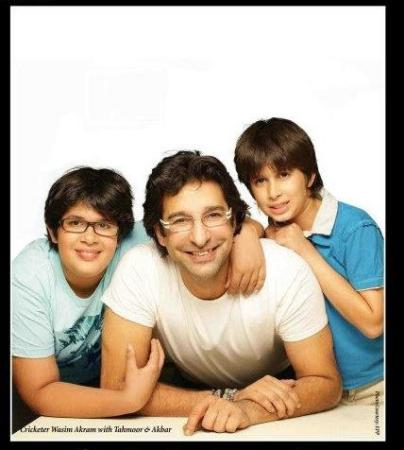 Pakistani Cricketer Wasim Akram with his Sons
