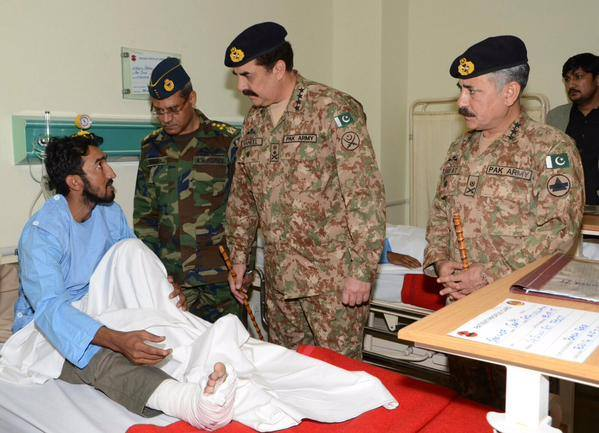 COAS Air Chief and Corps Commander Visit CMH Peshawar