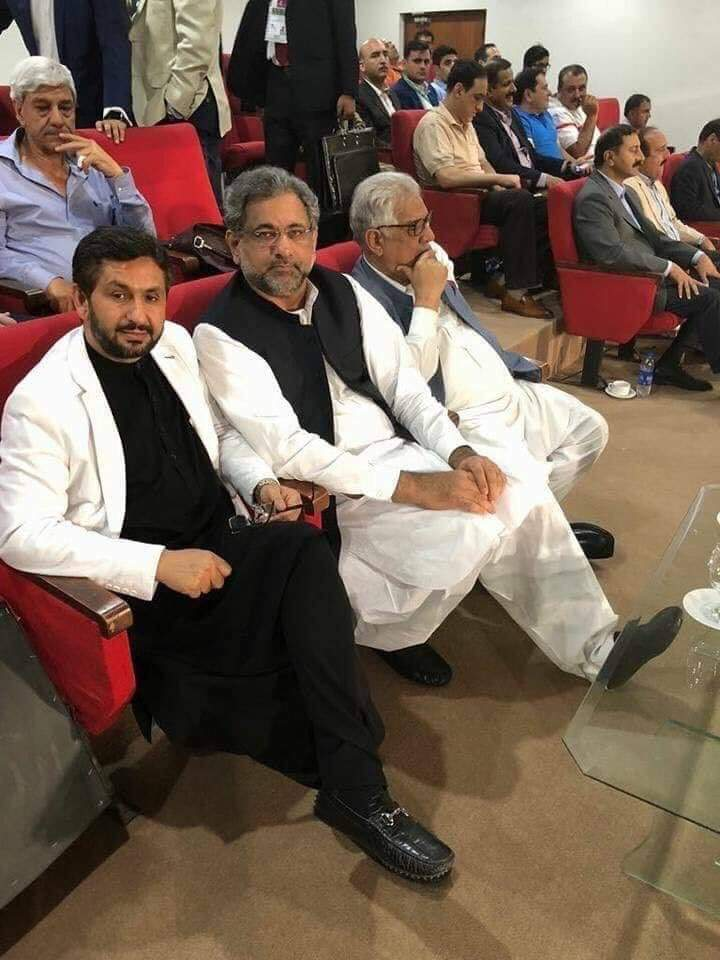 Ex PM Shahid Khaqan Abbasi With Saleem Safi