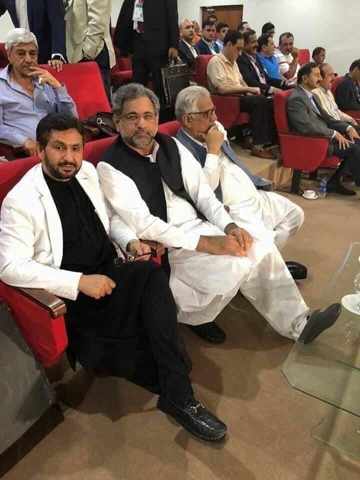 Ex PM Shahid Khaqan Abbasi With Saleem Safi