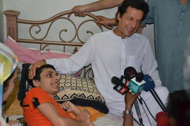 Imran Khan Meet Heart Patient Daniyal