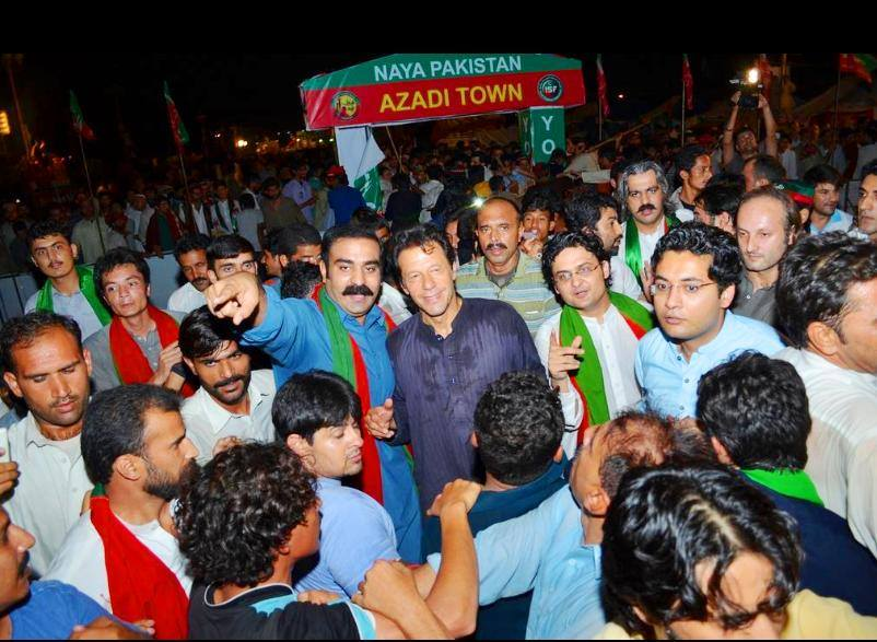 Imran Khan visits Azadi Camps at Azadi Square