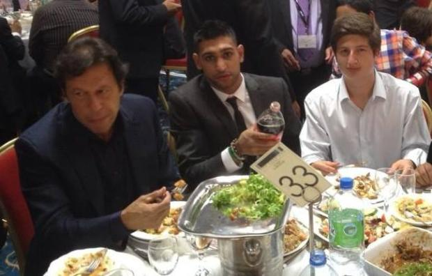 Imran khan With Boxer Amir Khan and Son Sulaiman