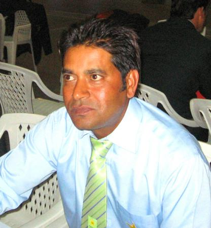 Aaqib Javed - famous pakistani cricketer