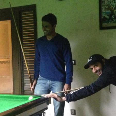 Afridi and Abdul Razzaq playing snoker