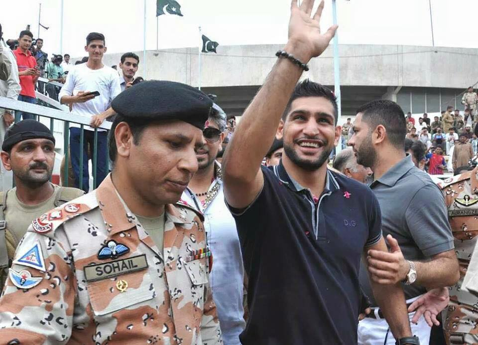 Amir Khan At Lyari