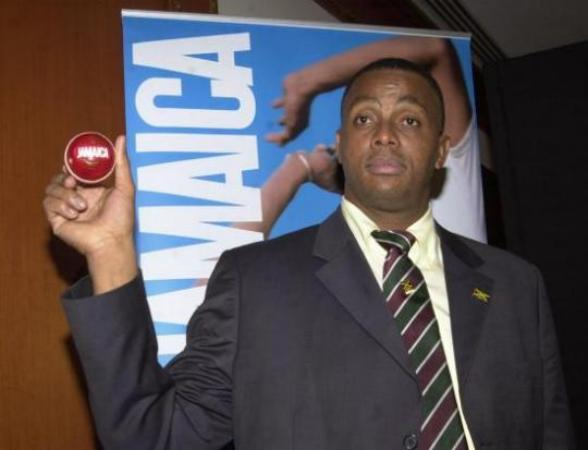 Courtney Walsh famous West Indian cricketer