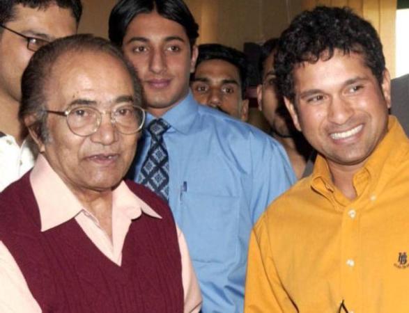 Hanif Mohammad - famous pakistani cricketer