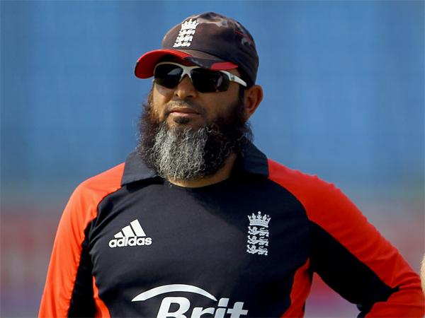 Mushtaq Ahmed-famous pakistani cricketer