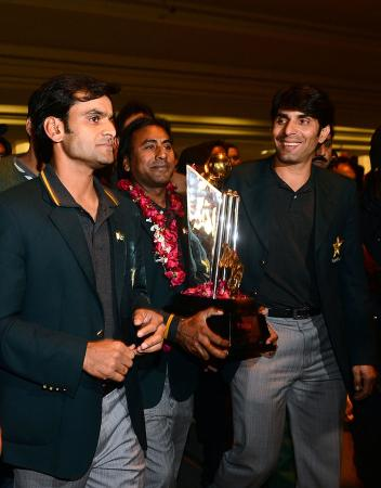 Pakistan Team Return Home from India