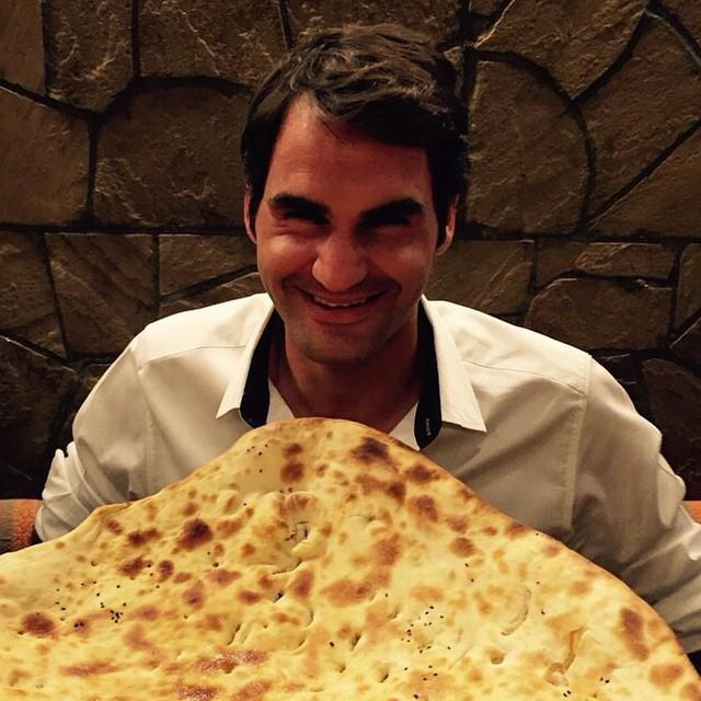 Roger Federer Eating Naan