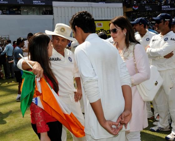 Sachin Tendulkar with his family on his Career