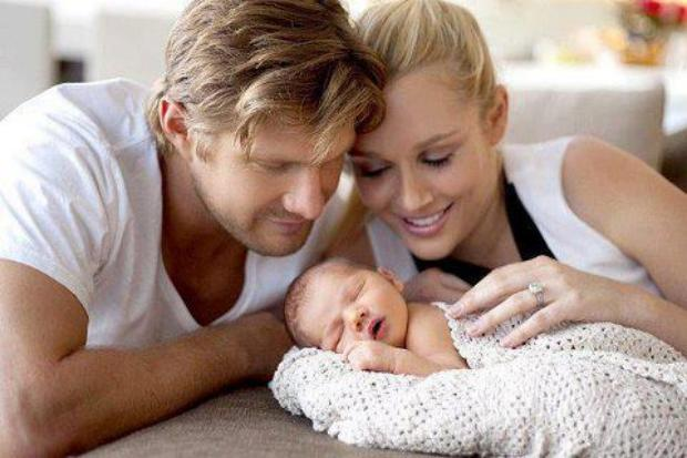 Shane Watson with his new born baby